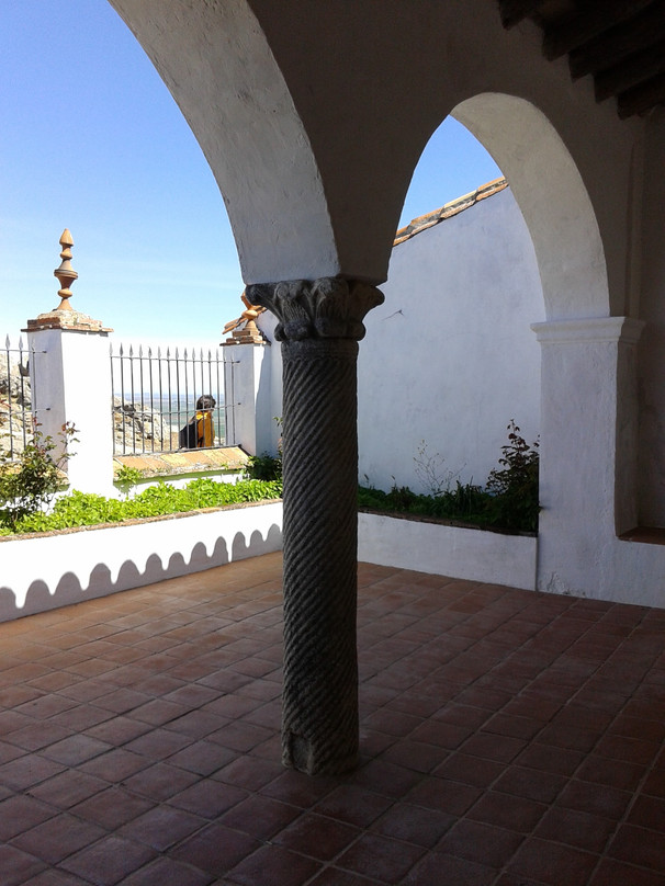 Ermita de la alcaba de Reina