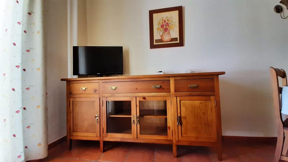apartamento turistico azuaga salon.jpg