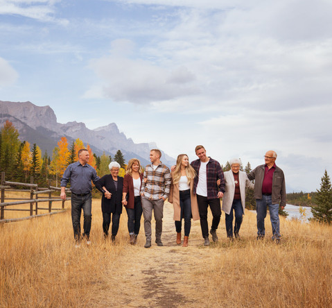Family Reunion - Portraits in Canmore