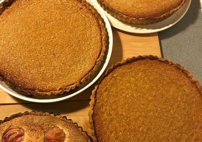 Treacle & peach tarts