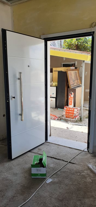 Safety Door with Aluminium outside
