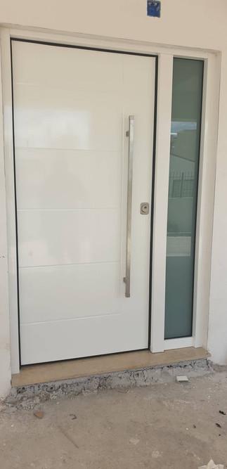 Safety Door with Aluminium