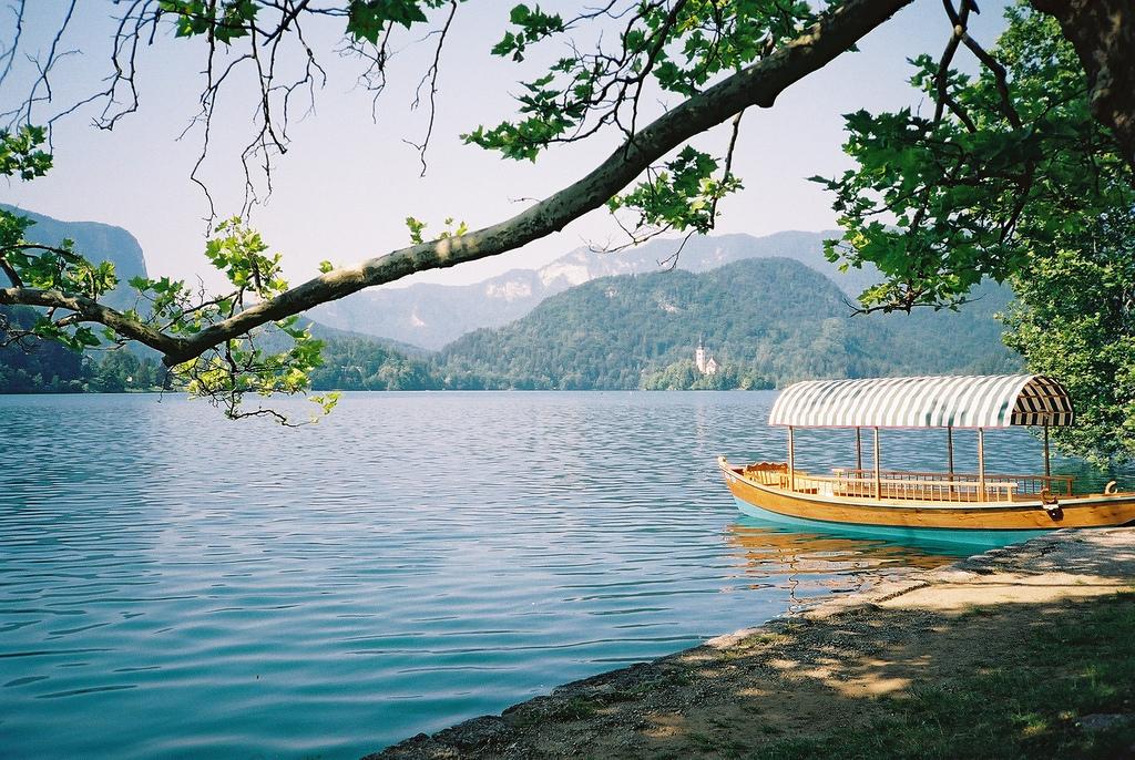 שיט באגם בלד