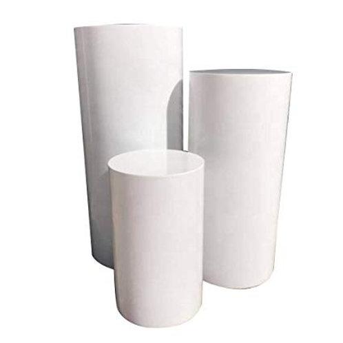 White round set of Pillars