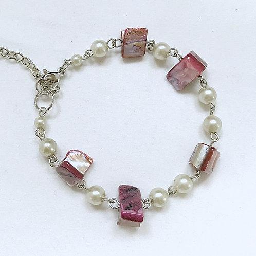 Purple Shell and Imitation Pearl Fashion Bracelet