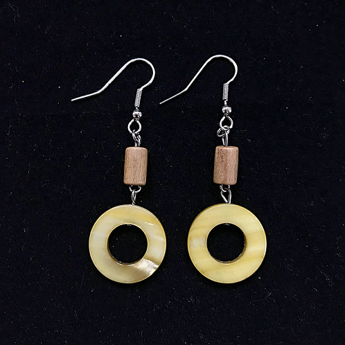 Round Green and Wood Fashion Earrings