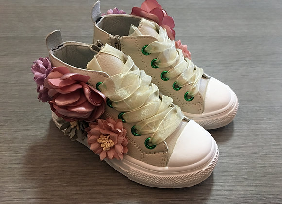 Creamy Converse Style American Sneakers