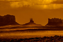 Monument Valley_3AP9076-2.jpg