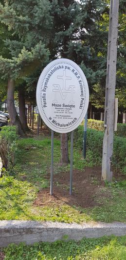 Tłoczony i perforowany medalion do Kościoła Parafialnego Najświętszej Maryi Panny Królowej Polski w Michałowicach
