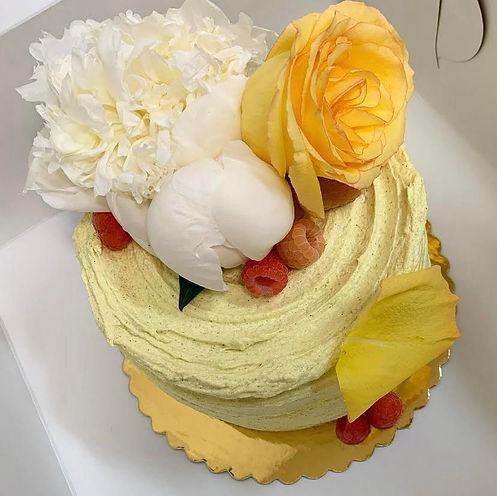 carrotcakew_flowers.jpeg
