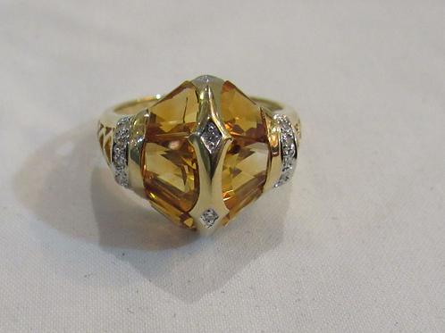 טבעת זהב משובצת יהלומים ואבני חן ציטרין