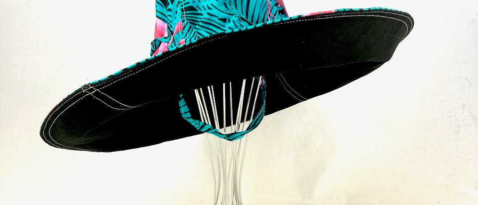 Palm Flamingo XL brim sun hat