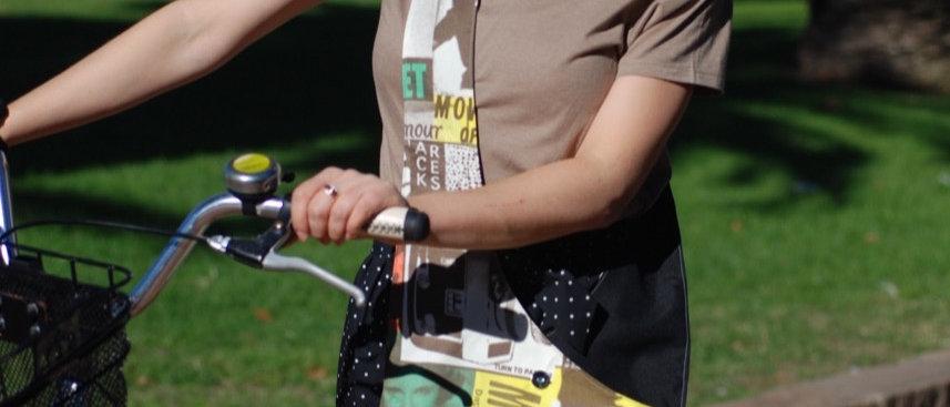 Custom Made reversible cross-body bags