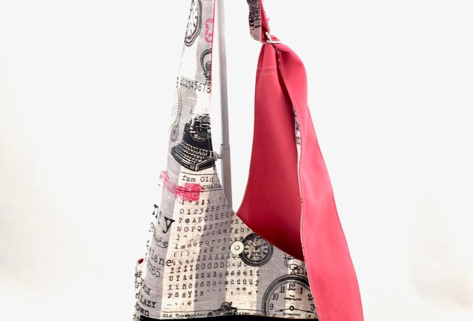 Vintage Print Reversible Cross Body Bag Front Zipper View