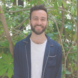 julien aptel professeur de yoga paris