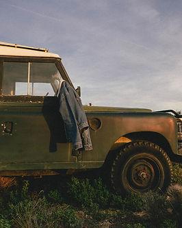 Land Rover 3.jpg