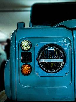 Land Rover 1.jpg