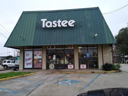 Tastee Donuts 1.jpg