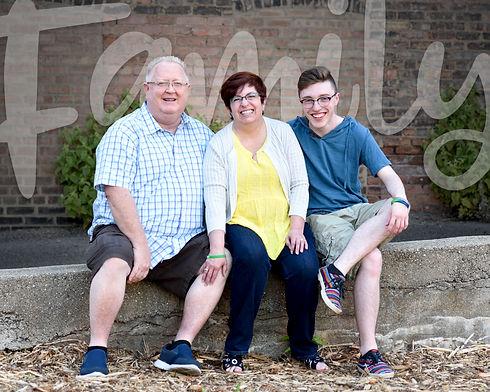 DSC_8791 edit FAMILY.jpg