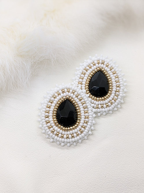 Classic Teardrops (White and Gold)