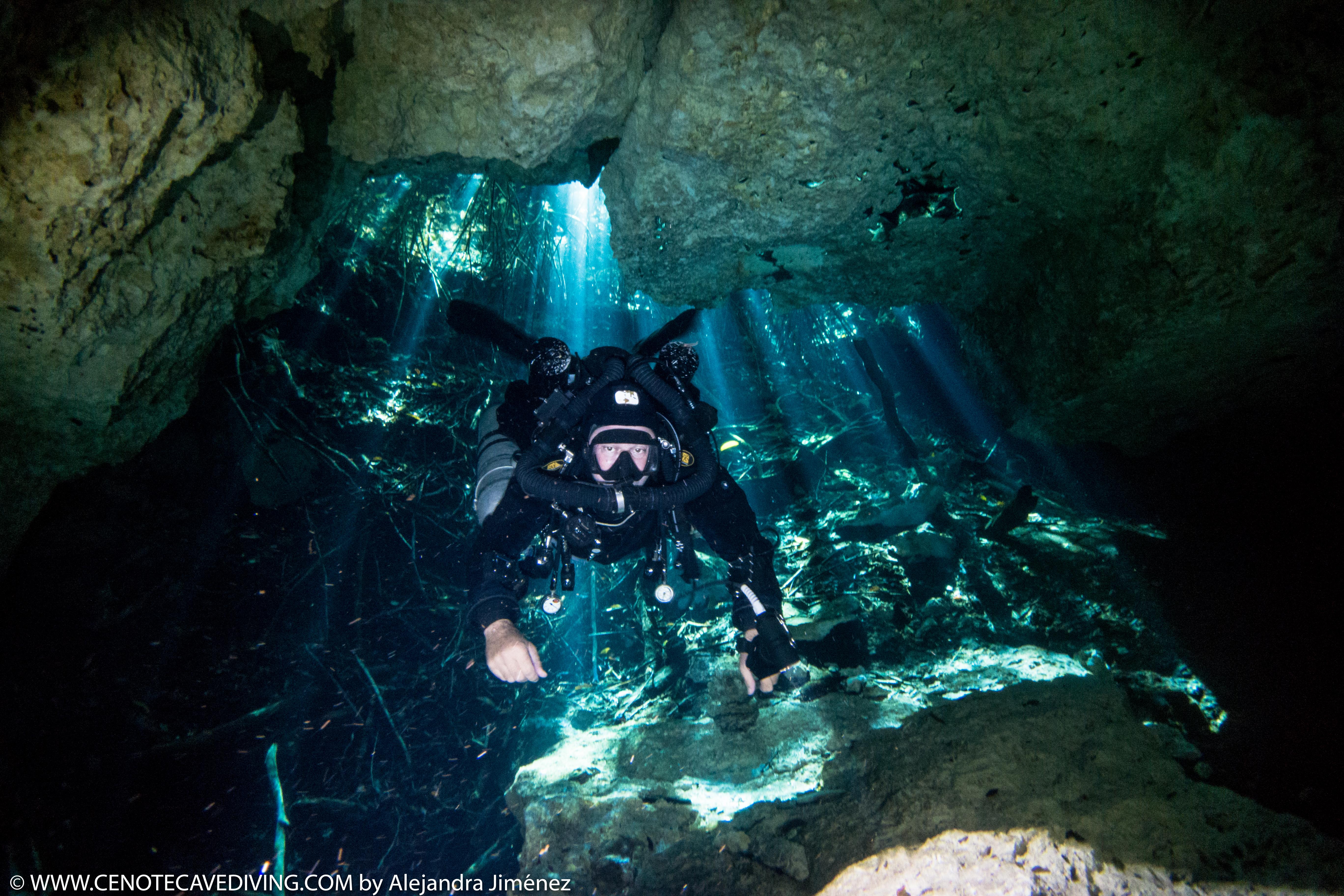 Cenote Tajma Ha CCR Cave diving