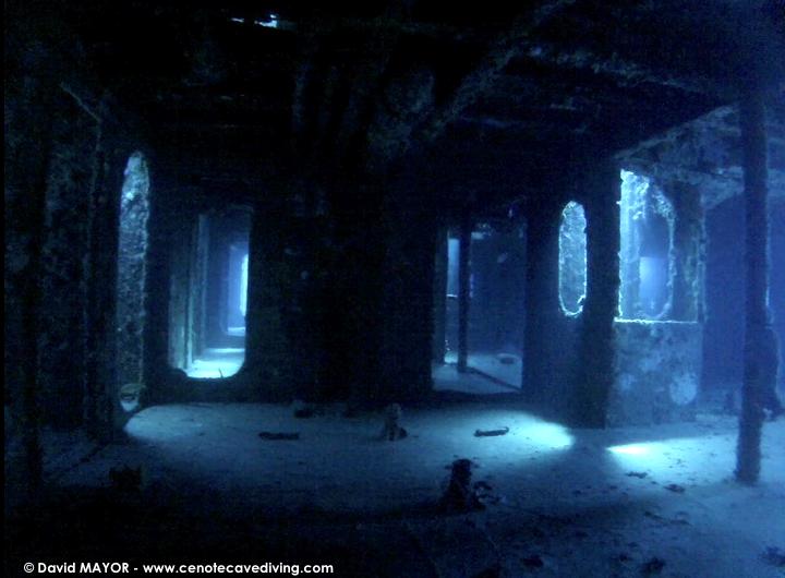 Wrek diving