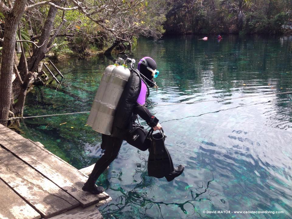 Intro to cave - Cenote Car wash