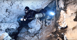 Full cave diving at Cenote Pit