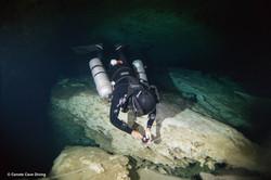 Full cave diving