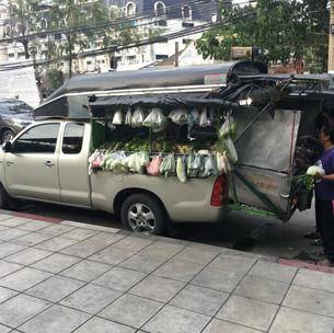 1. 大「可動式車上市場 タイ - バンコク」.jpg