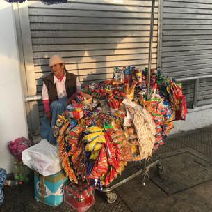 1 大「買い物かごコンビニ ペルー - リマ」.jpg