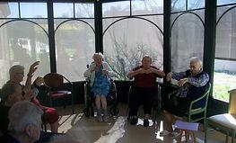 qi gong adapté aux personnes âgées en EPHAD en Aveyron