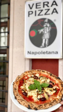 pizza napoletana capricciosa