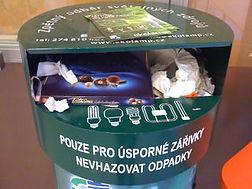 Třídění a recyklace úsporných žárovek