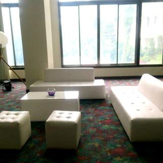 salas lounge 3_edited.jpg