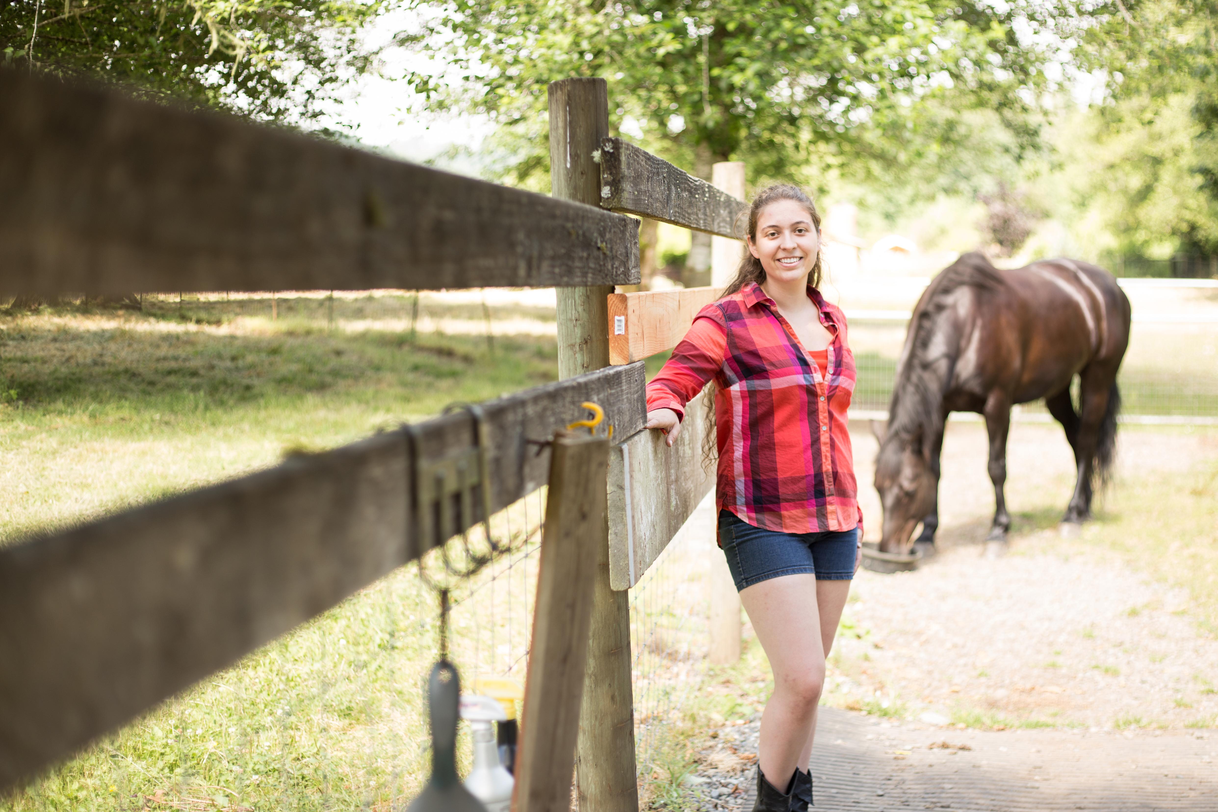 Brianna Senior Portraits Preview (3 of 7)