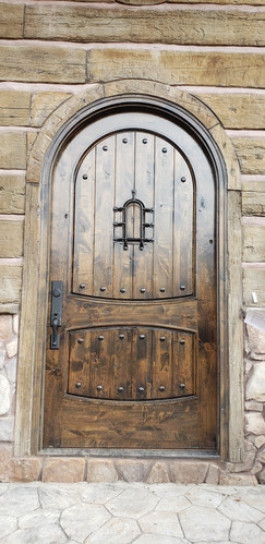 Andrews Chapel: Custom Entry
