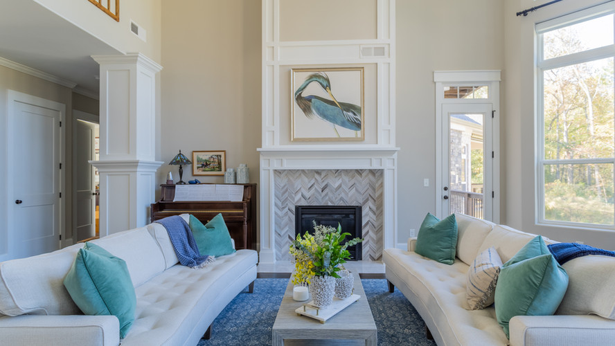 Kellytown: Additional Living Room