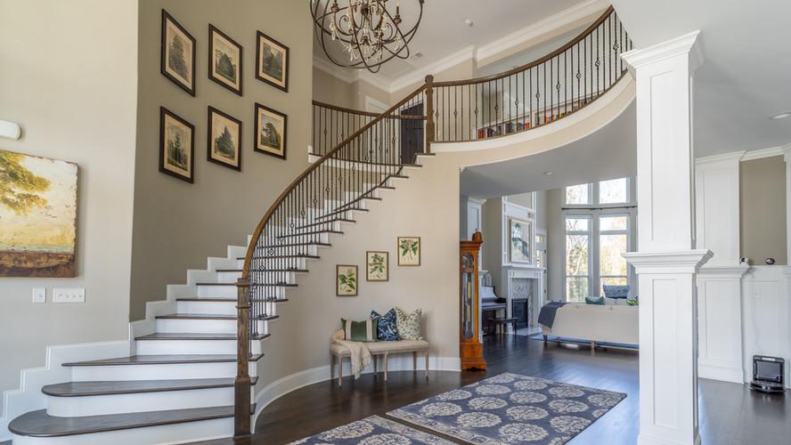 Kellytown: Grand Staircase