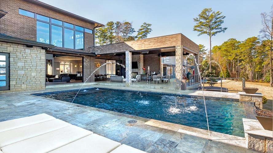 Emerald II: Pool Fountains