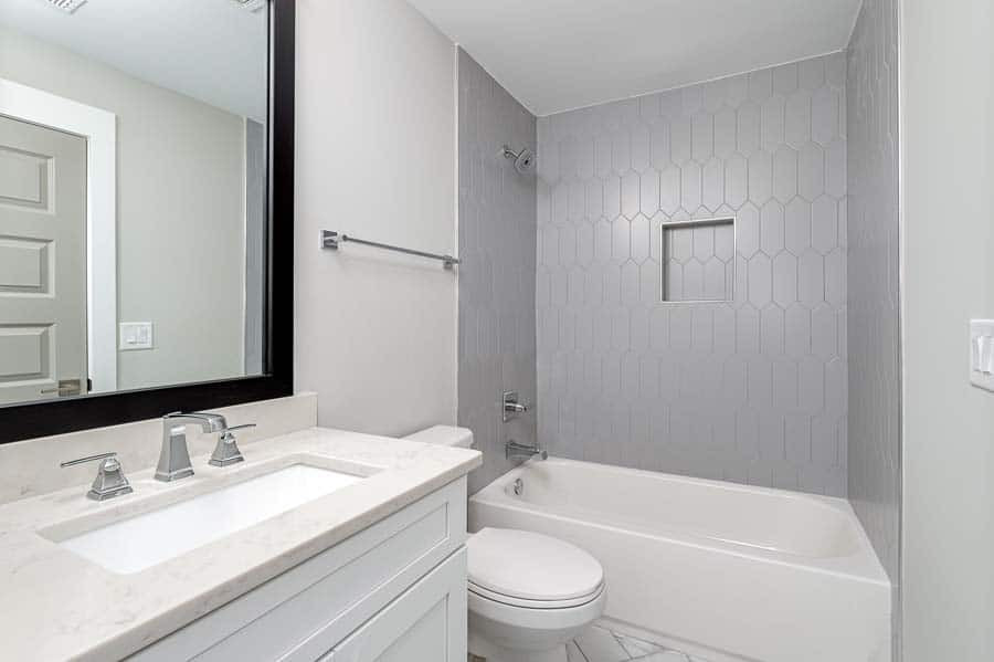Charline Avenue: Custom Tile Bathroom
