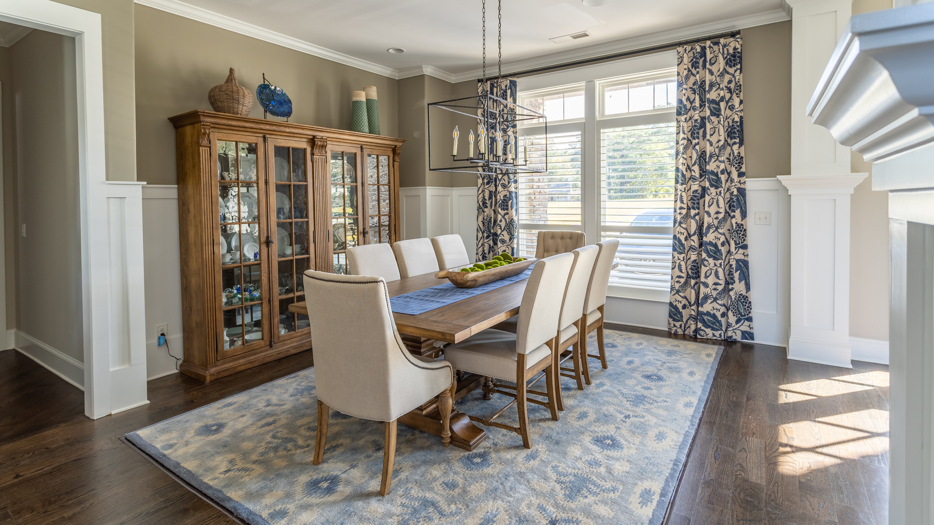 Kellytown: Beautiful Dining Room
