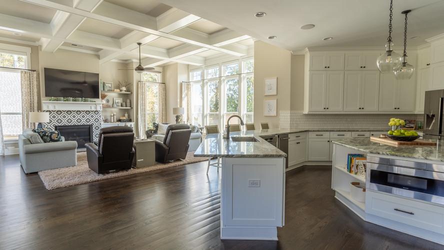 Kellytown: Kitchen Into Living Space
