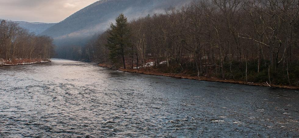 Deerfield River 1-0787.jpg