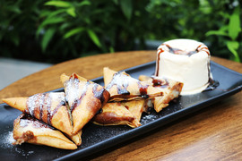 Banan Spring Rolls w/ Ice Cream.jpg
