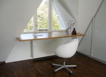 Zwevend bureau