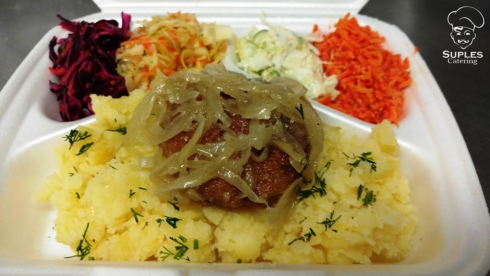 Stek wieprzowy z duszoną cebulką, ziemniaki/frytki/kasza/ryż, surówki