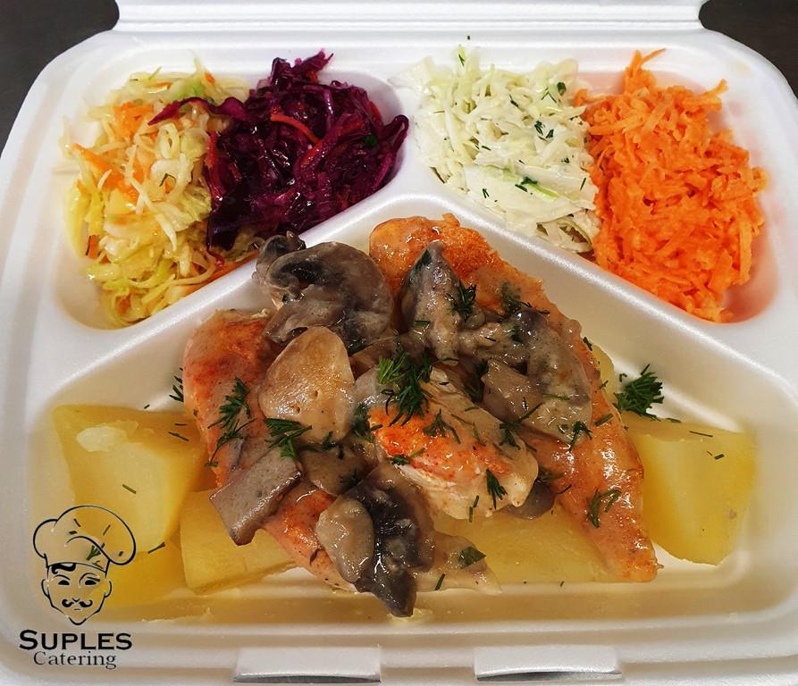 Polędwiczki drobiowe z pieczarkami, ziemniaki/frytki/kasza/ryż, surówki
