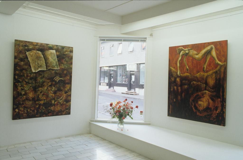 Gallery Nýhöfn, Iceland, 1989
