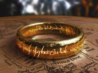Para uma reflexão sobre o anel e o poder